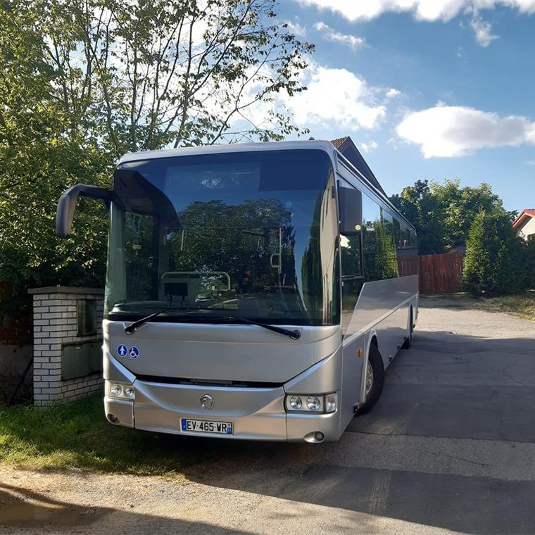 ZŠ Výlety - pronájem autobusu pro kolektivy - zajištění dopravy pro školy i veřejnost - autobus k pronájmu